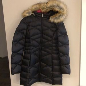 Puffer jacket. Water resistant with fur lined hood